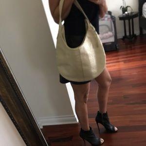 Handbags - NWOT faux snakeskin large gold hobo bag